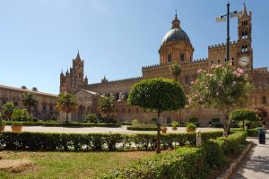 cathedral-5939582_640
