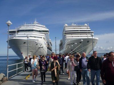 cruise-ships-228923_640