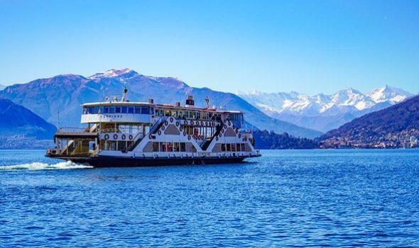 ferry-4104896_640